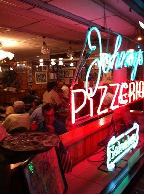 Johnny's Pizzeria